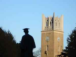 大隈さんは125が好きな数字だったらしい e.g.大隈講堂の塔は125尺(約38メートル)らしい